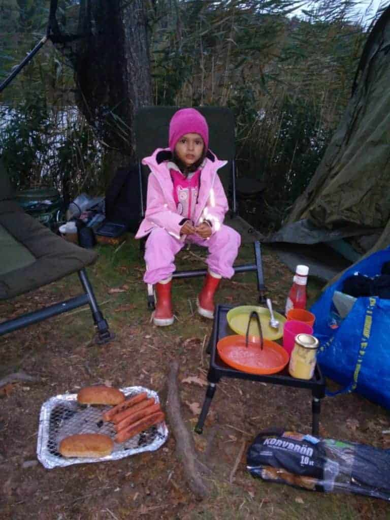 hot dogs on fishing trips