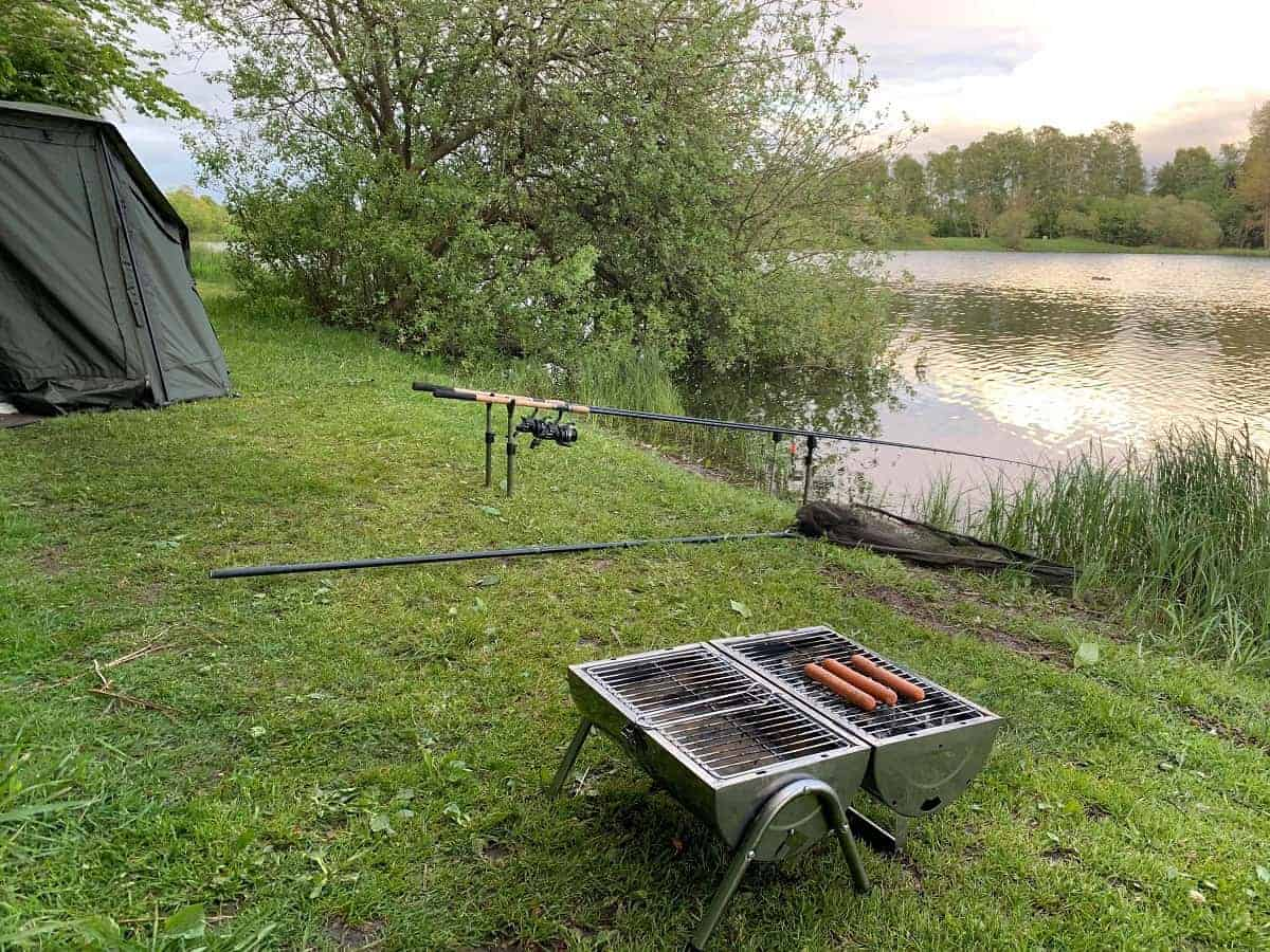 foods to bring on a fishing trip