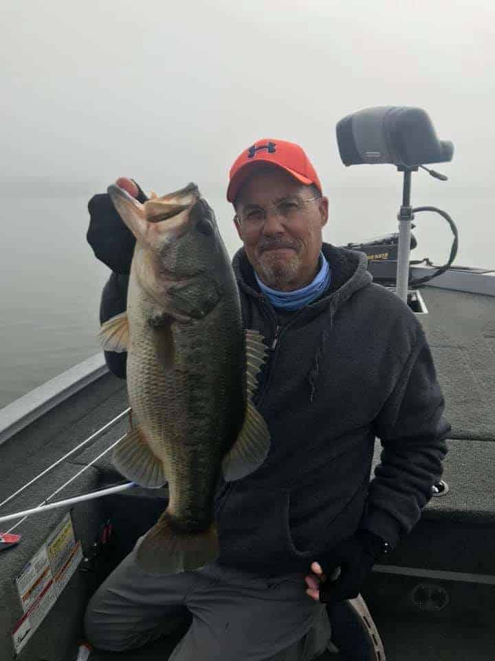 best lures for largemouth bass in clear water