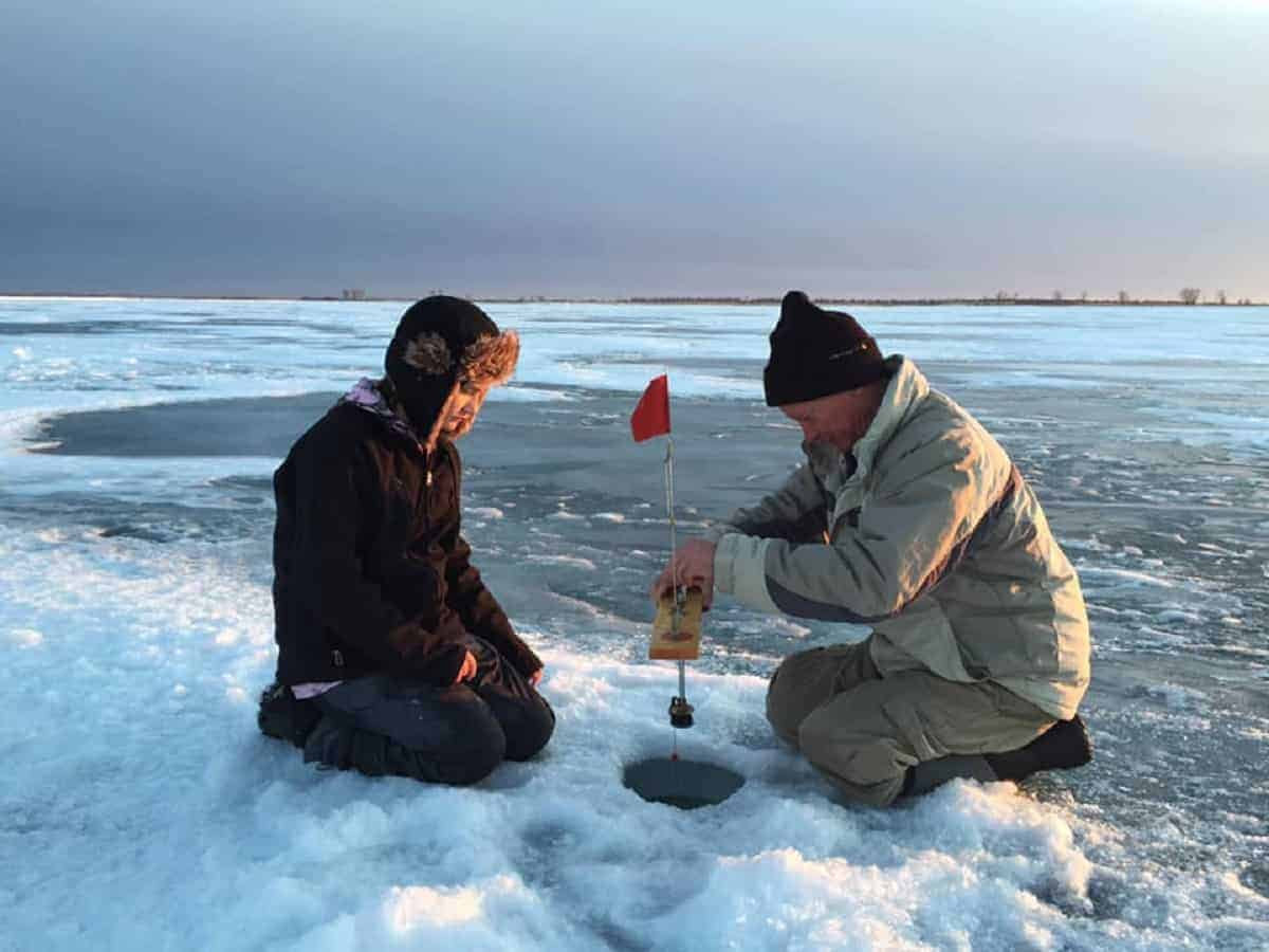 what leader for pike ice fishing