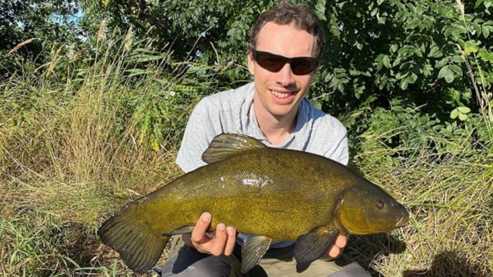 Best Time of Day for Tench Fishing (For All Seasons)